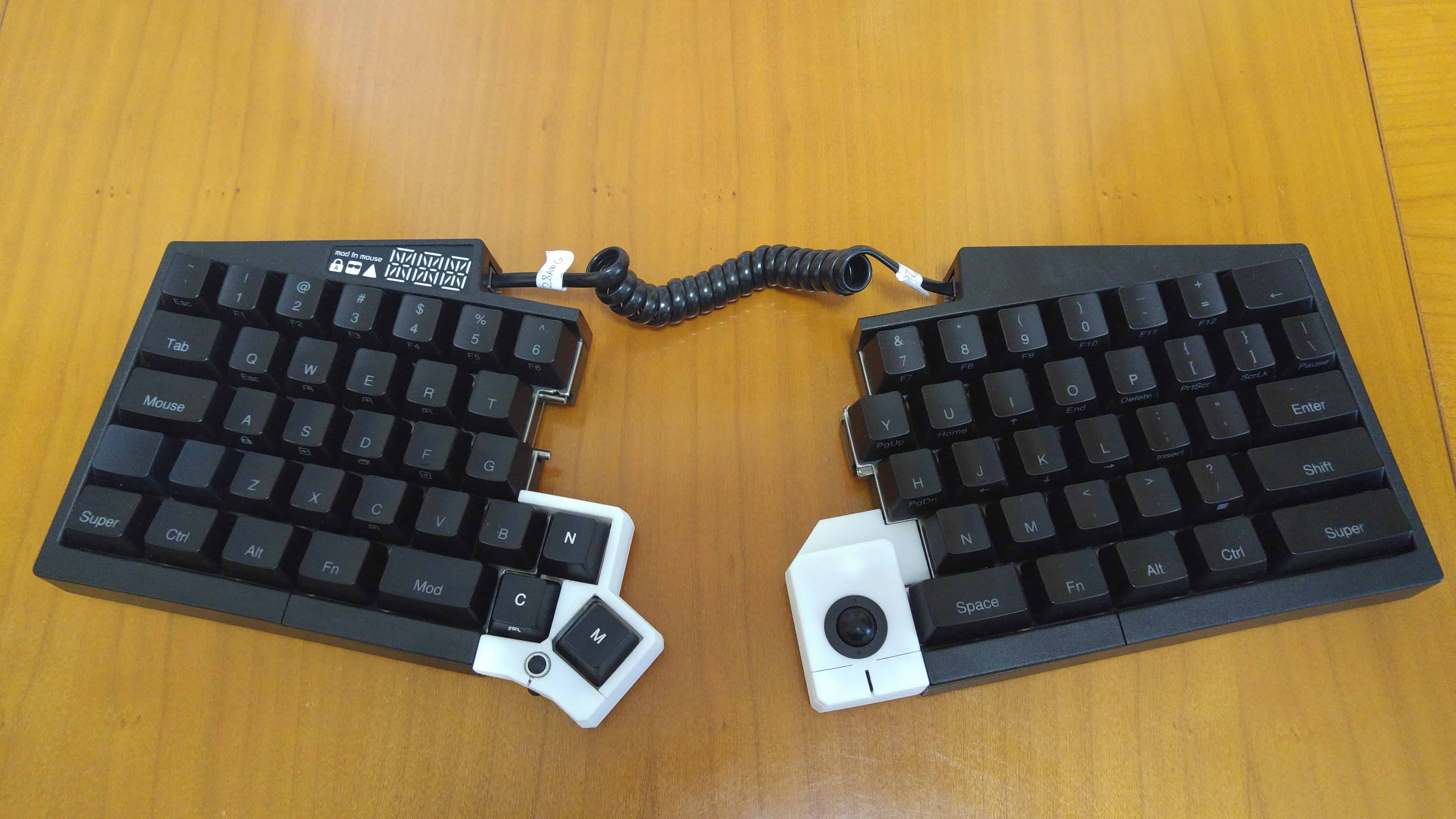 Features Archives Ultimate Hacking Keyboard First To Use Removable Printed Circuit Boards Designed For Quick In These Prototypes Were Using A White Powder Like Material But The Final Modules Will Be Offered Black Color