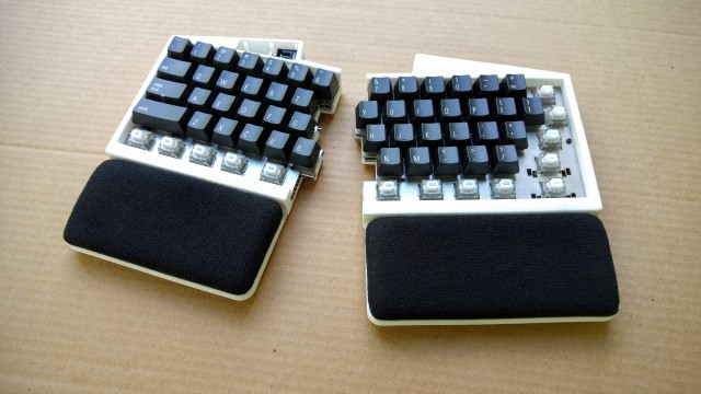Palm rest prototype on UHK